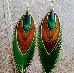 Vintage Pretty as a Peacock Earrings